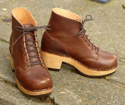 418ef03640201 Amanda Boot   275.00. An update on our original linesman s clog boot